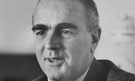 Κωνσταντίνος Καραμανλής: 23 Ιουλίου 1974 η ημέρα που έφερε την εποχή της μεταπολίτευσης..
