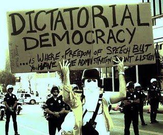 Η δημοκρατία των ολίγων