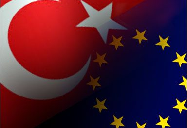 EU commissioner calls for new Turkey policy