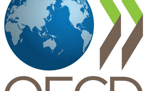 """ΟΟΣΑ: Κίνδυνοι από το """"πακέτο Τσίπρα"""""""