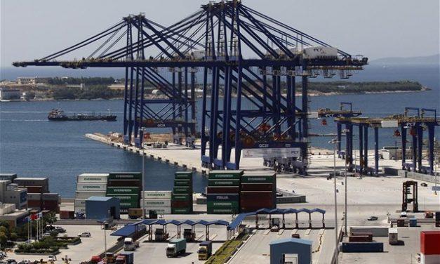 Cosco και APM Terminal παίρνουν θέσεις γύρω από τον Πειραιά