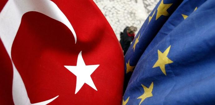 Ανδρουλάκης: Σε αυταρχική και αντιευρωπαϊκή πορεία η Τουρκία