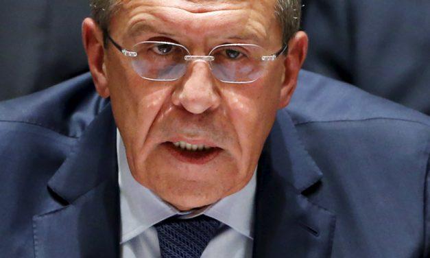 Λαβρόφ: Οι υπουργοί δεν είχαν το δικαίωμα να υπογράψουν τη Συμφωνία των Πρεσπών